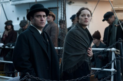 Joaquin-Phoenix-Marion-Cotillard-The-Immigrant